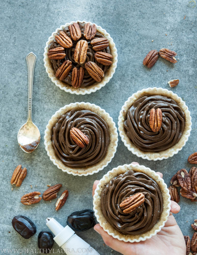 Mini Vegan Paleo Chocolate Pecan Tart