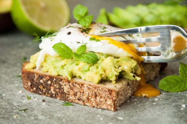 Smashed Avocado with Poached Egg