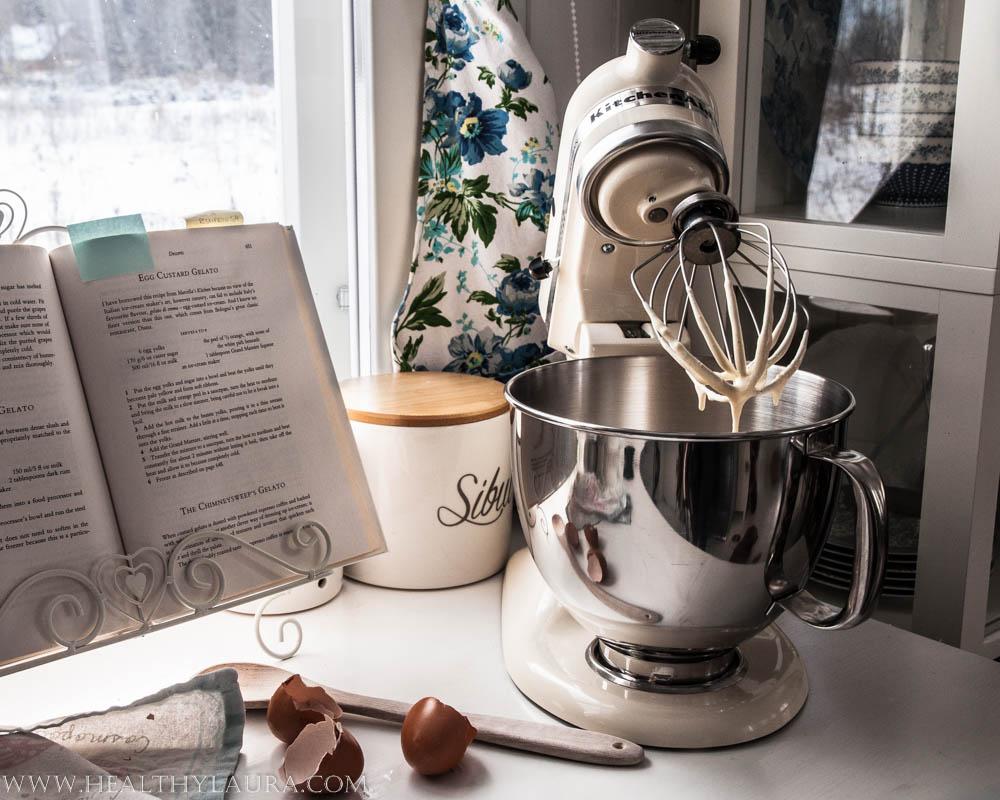 Making Vanilla Gelato