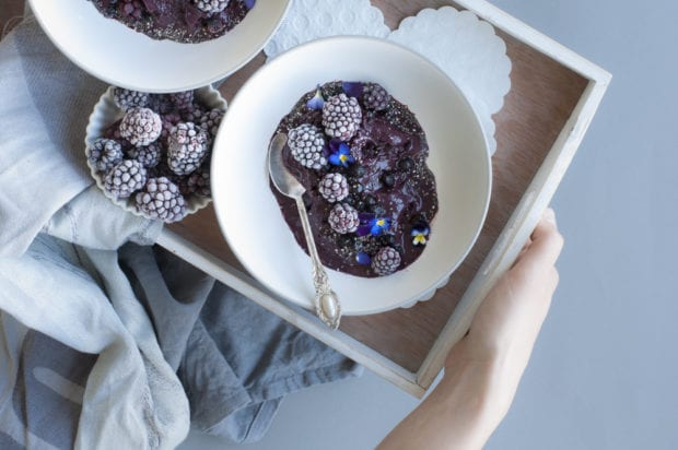 Blueberry & Blackberry Smoothie Bowl