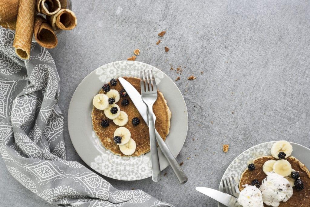 Paleo Waffles (gluten free, dairy free, sugar free)