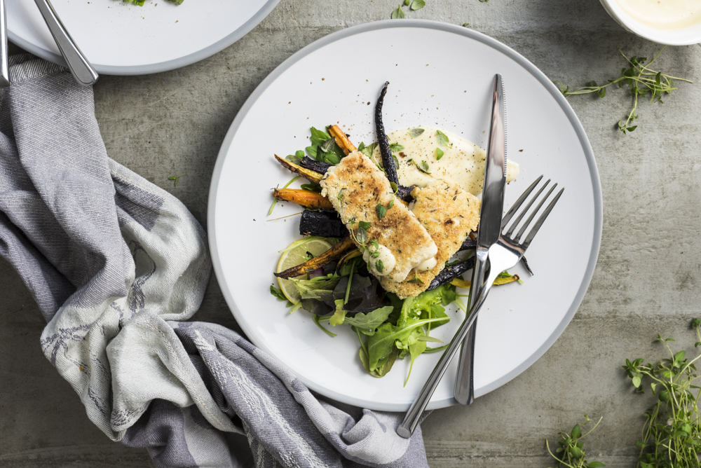Crumbed Fish with Hollandaise Sauce & Roasted Carrots