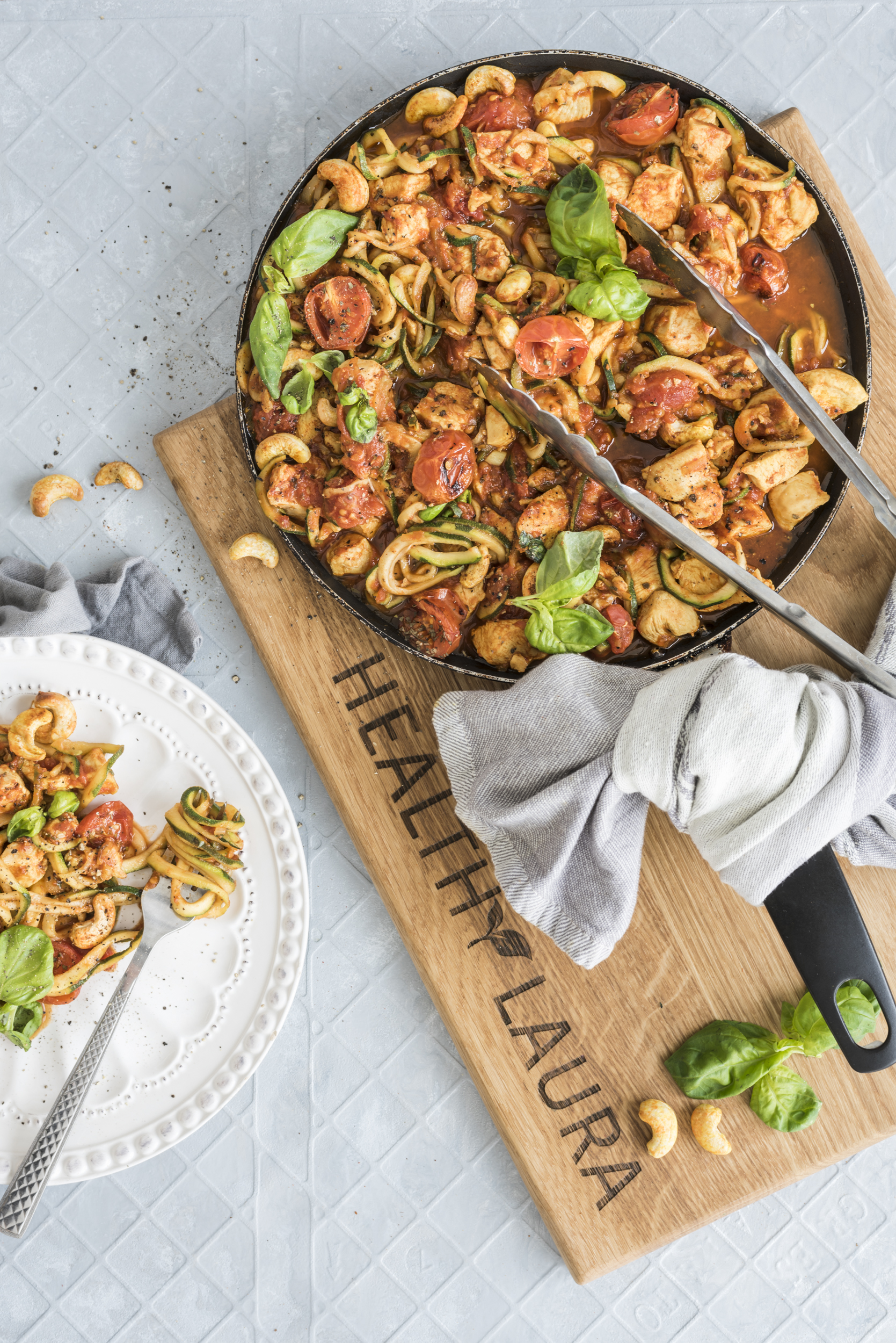Paleo Keto Amp Low Carb Chicken Zoodles In Garlic Basil Tomato Sauce Healthylaura