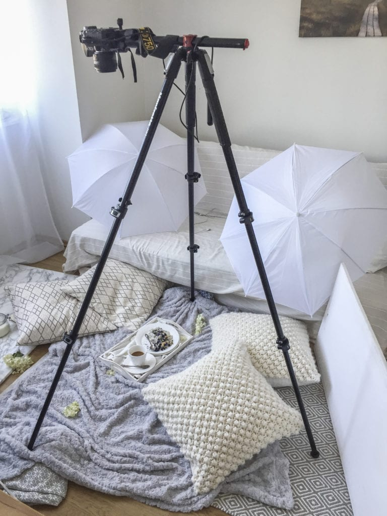 Manfrotto Food Blog Tripod with extending arm for overhead shots. Healthy Laura Food Photography behind the scenes @healthylauracom HealthyLaura. #foodphotographytripod #foodbloggertripod #foodblogtripod #foodbloggingtripod