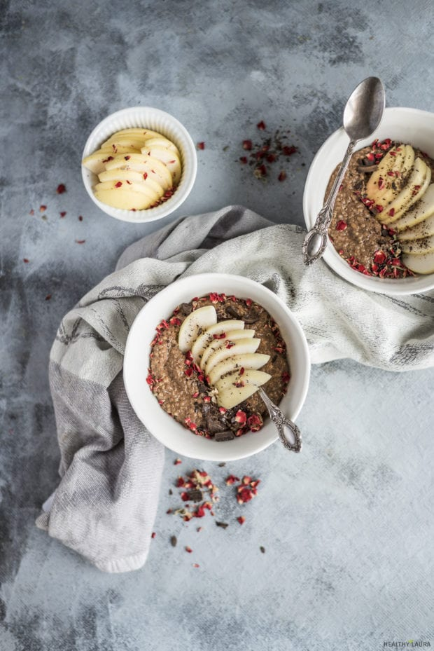 Chocolate Quinoa Porridge _ Healthy Laura _ Food Photography & Styling