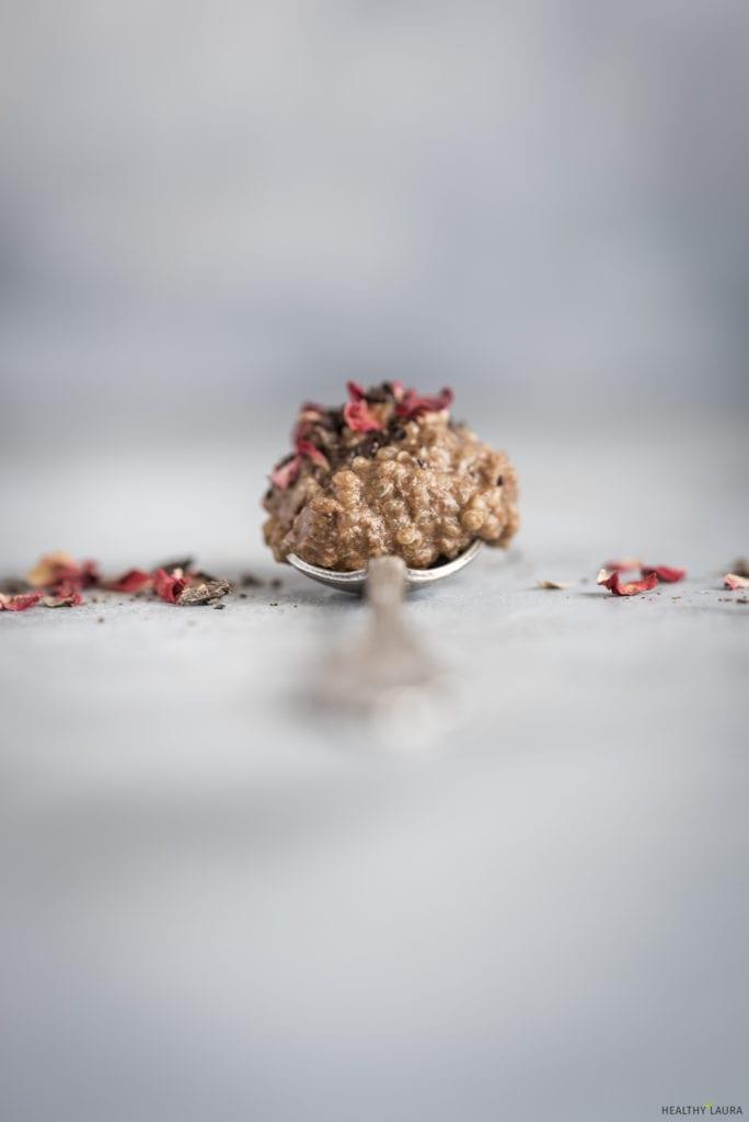 Gluten-FreeChocolate Quinoa Porridge _ Healthy Laura _ Food Photography & Styling.jpg