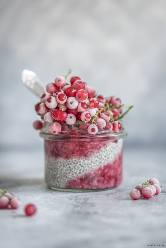 Healthy Laura almond milk chia pudding by HealthyLaura Food Photography. Instagram @healthylauracom chia pudding recipe, easy keto chia, dairy free recipes keto, quick breakfast, easy keto travel breakfast, paleo quick travel breakfast. #ketopaleo #paleoketopudding #ketopaleopudding